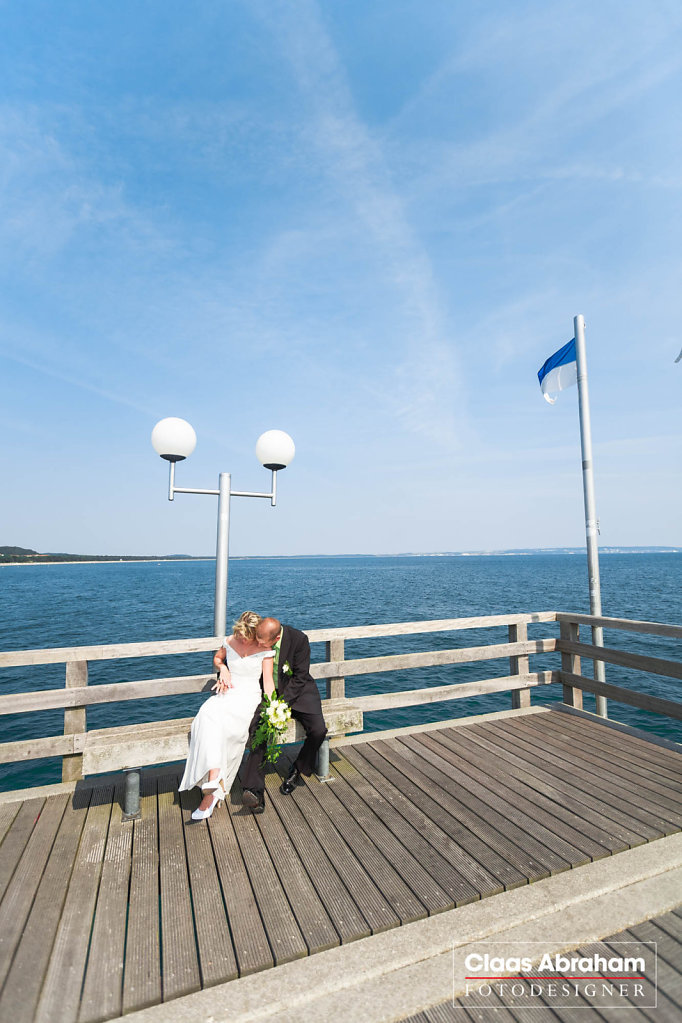 Binz-Rettungsturm-Seebruecke-Hochzeit-9.jpg
